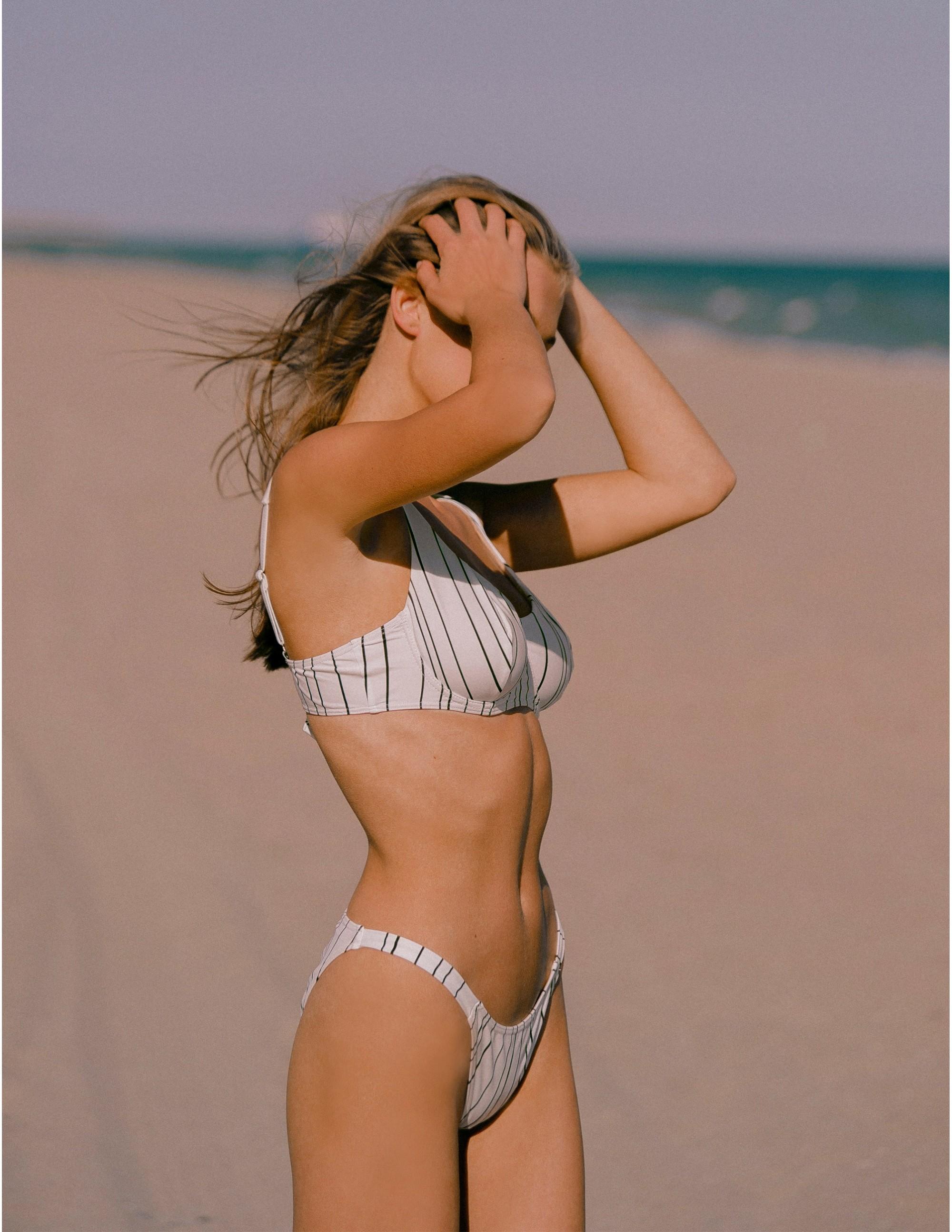 KIGO bikini top - LIMITLESS