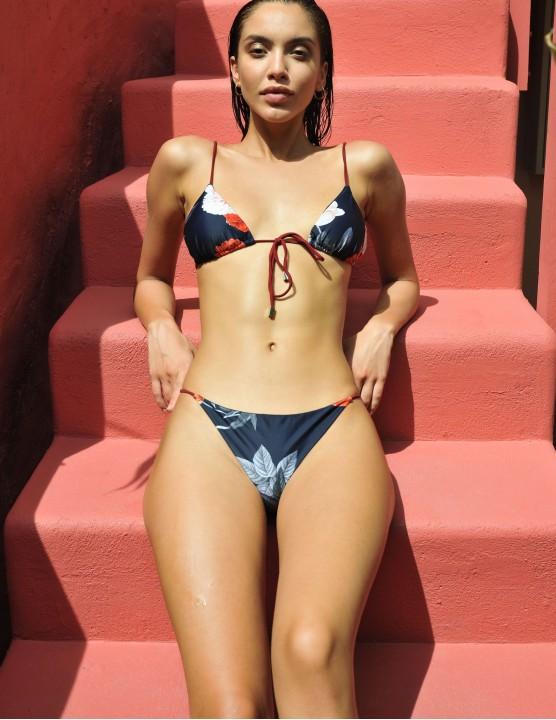 Sporty bikini top VIK