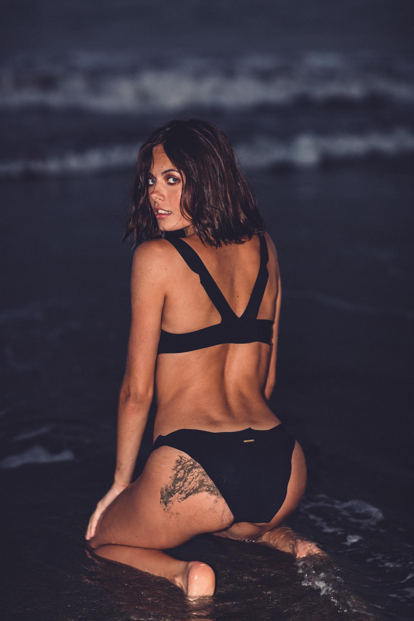 Monuriki Bikini Top Reset Priority