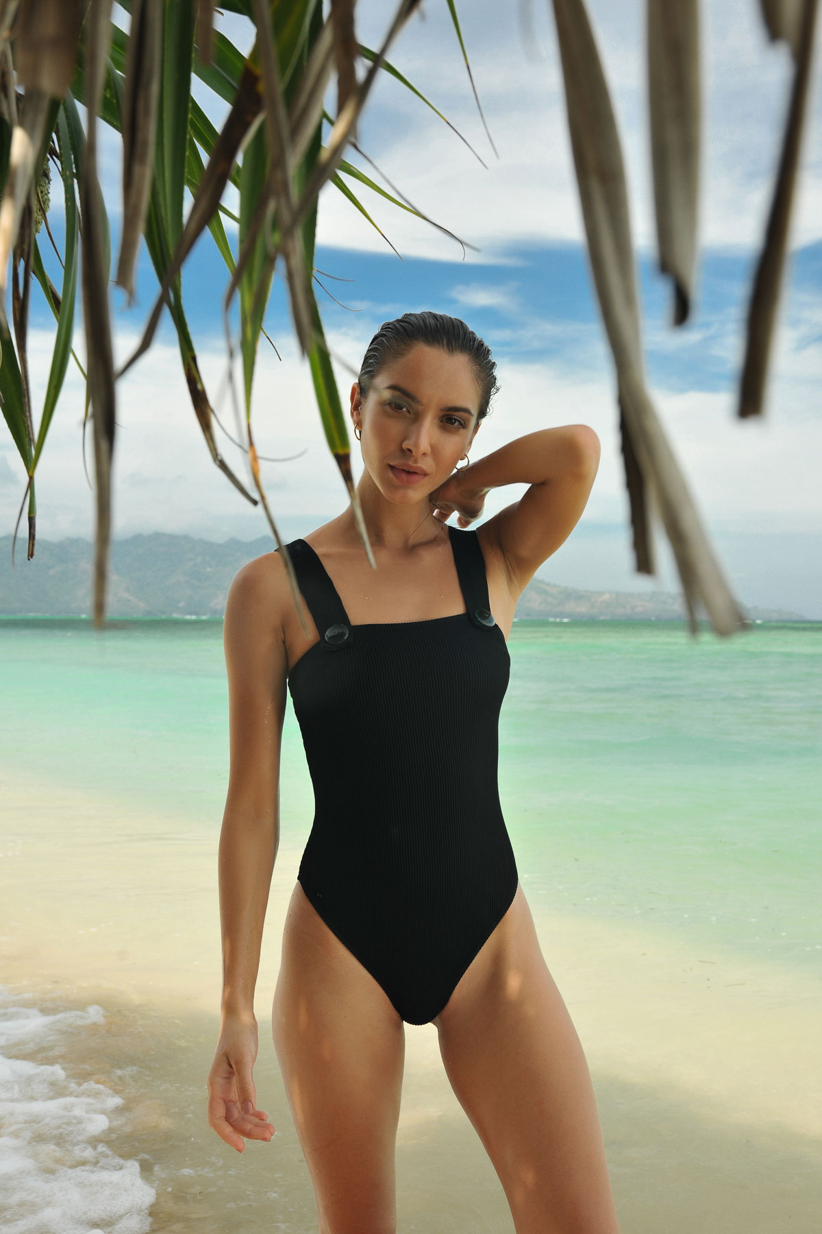 AMALFI one piece panther RESET PRIORITY